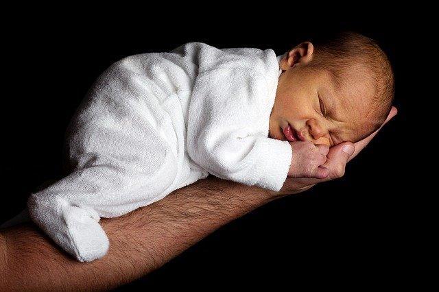 novorozeně