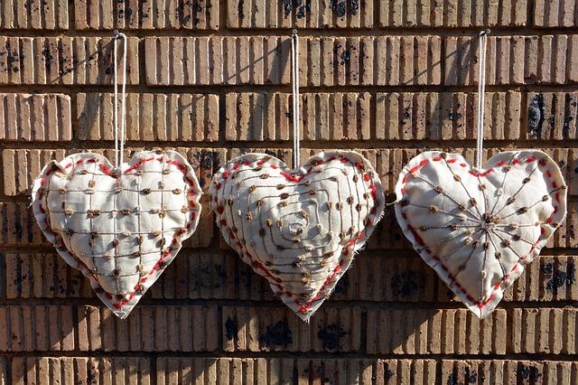 látková srdce dekorace