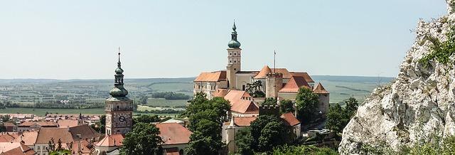 panorama hradu v Mikulově