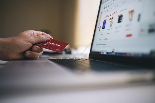 nákup přes internet, platební karta