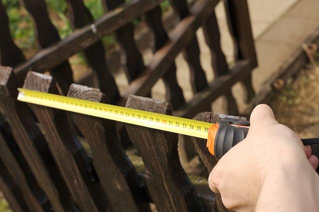 měření plotu svinovací metr